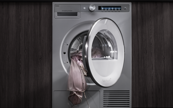 Heat pump dryers are closed systems in which the process air constantly circulates inside the tumble dryer.